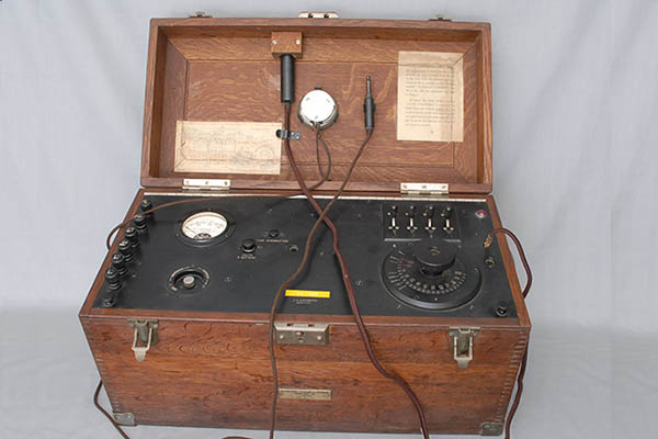 A Western Electric Co. 2A audiometer
